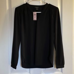 Ann Taylor Black Blouse V Neck NTW